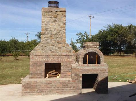 Fireplace Stores In Okc by Brickwood Ovens Wolf Outdoor Pizza Oven In Oklahoma