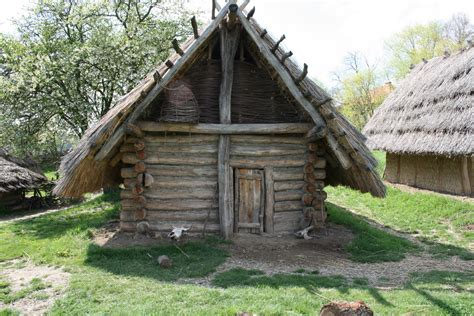 who invented log cabin building method garden