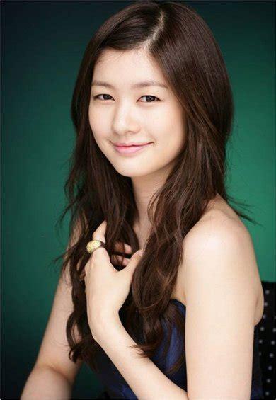 playful oh ha ni hairstyle world artist jung so min
