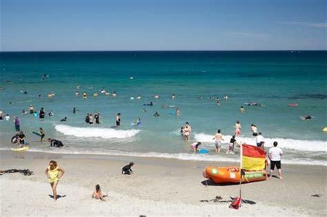 boat covers dunedin summer at st clair beach dunedin otago south island