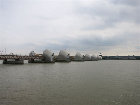 thames barrier by tube bahnnews austria thema anzeigen uk part 2 london