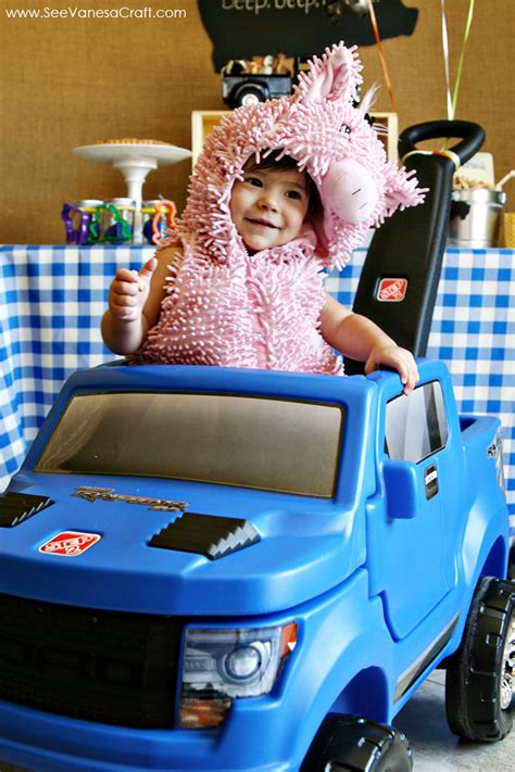little blue trucks halloween 0544772539 party little blue truck play date with the step2 raptor see vanessa craft