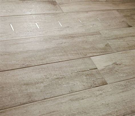 bodenfliesen in holzoptik 9 best tabula italian tile wood looking images on