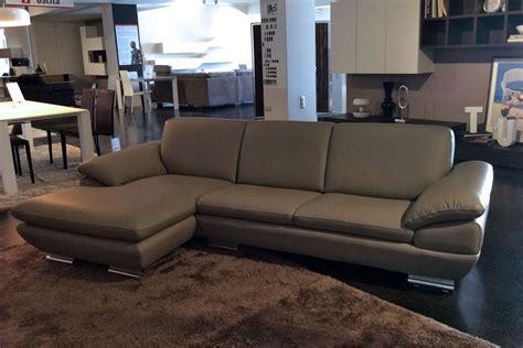 divani divani outlet divano outlet calia divani a prezzi scontati