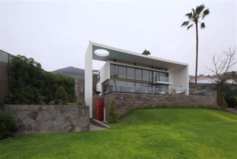 modern city escape imposing house on the hill in lima