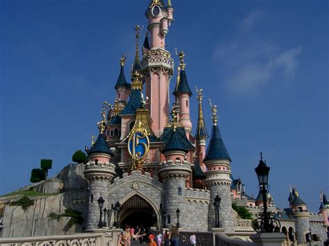 theme parks in paris insights and sounds disneyland paris at 22 the theme