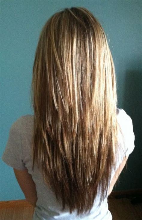 mens uneven layered verses even layered градуированная стрижка на длинные волосы фото стрижек с