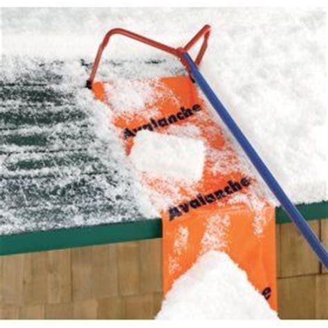 Roof Rake Prevent Dams Best Get A Roof Rake To Prevent An Dam An And Snow