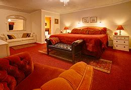 catskills bed and breakfast catskills bed and breakfast tuscan red room