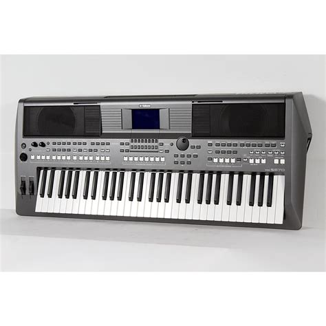 Keyboard Yamaha Psr S670 Yamaha Psr S670 61 Key Arranger Workstation Regular
