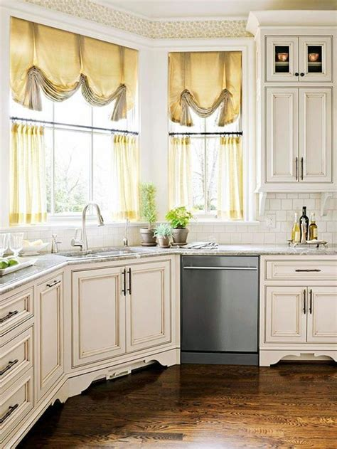 The right kitchen curtains ? 18 designs for a cozy
