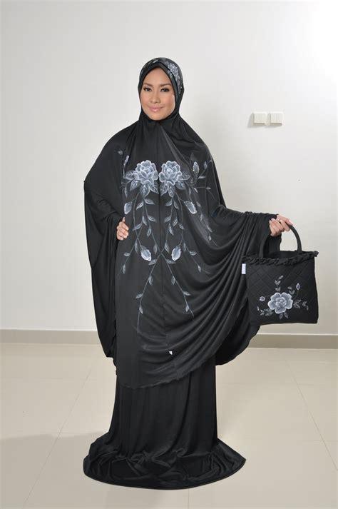 Busana Muslim Mukena Mawar butik muslim ashylla mukena lukis hitam