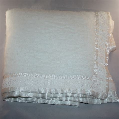 Vintage Quiltex Off White Satin Lace Trim Baby Blanket Baby Blankets For Cribs