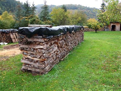 lagerung kaminholz wie lagere ich kaminholz und brennholz richtig