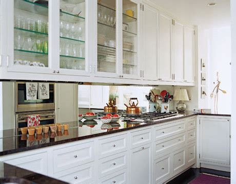 cabinets knobs and pulls