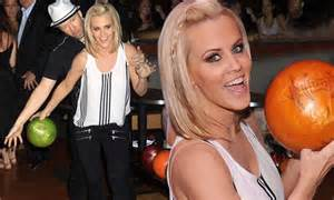 jenny and os guinness forced to complete a 500000 home jenny mccarthy and fianc 233 donnie wahlberg ham it up in