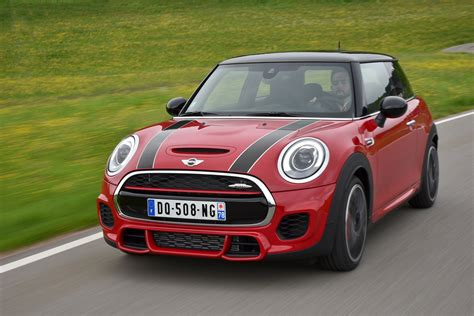 Mini Auto Bmw by Could The Mini Cooper S Be A Cheap Bmw Alternative