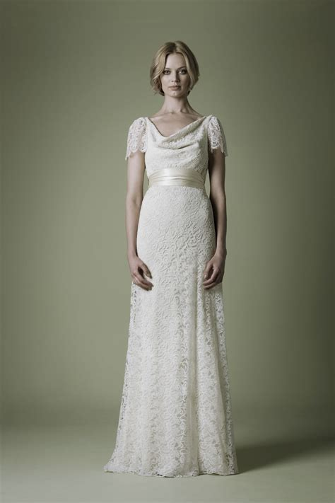etuikleid hochzeitskleid the vintage wedding dress company 2012 bridal
