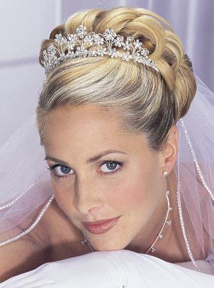 bridal hairstyles with veil and tiara wedding veils and tiaras wedding hairstyles with veil