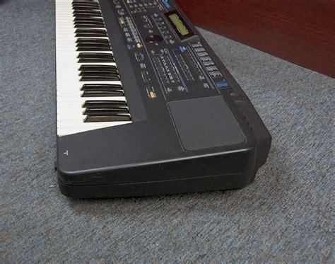 Keyboard Roland E70 roland e70 76 key la synthesizer keyboard with soft carrying