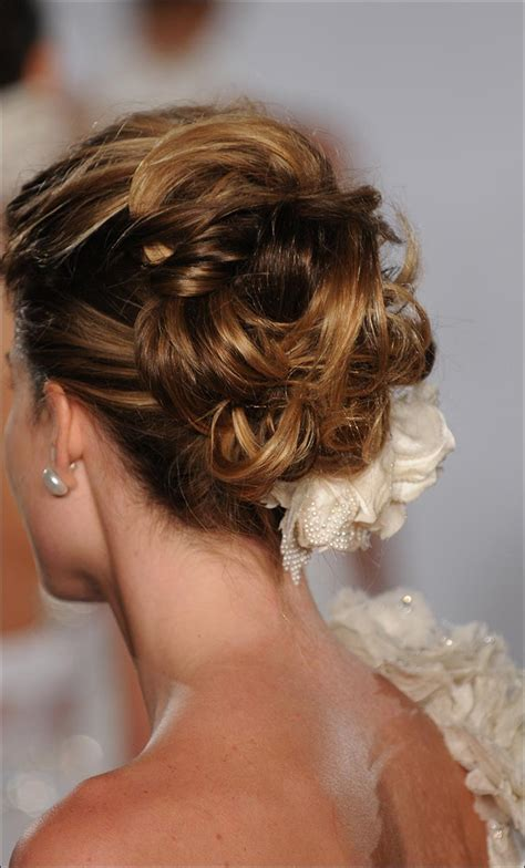 Wedding Hairstyles W Veil by The Gallery For Gt Wedding Updo Hair With Veil
