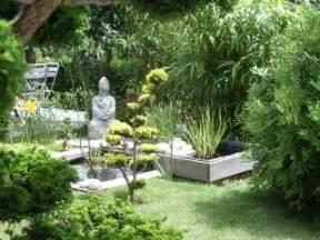 un jardin zen 224 l esprit asiatique fontaine bambous et