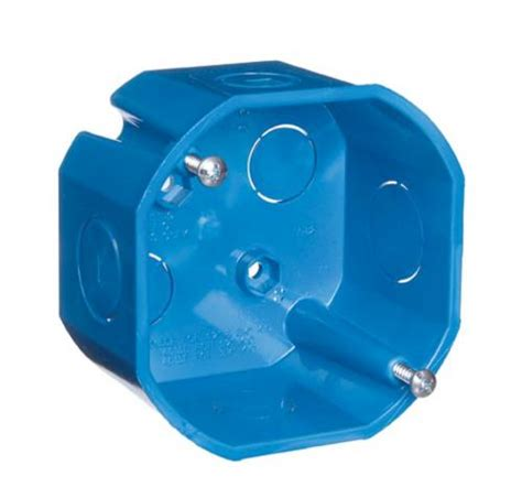 carlon ent ceiling box with 1 2 quot and 3 4 quot knockouts at