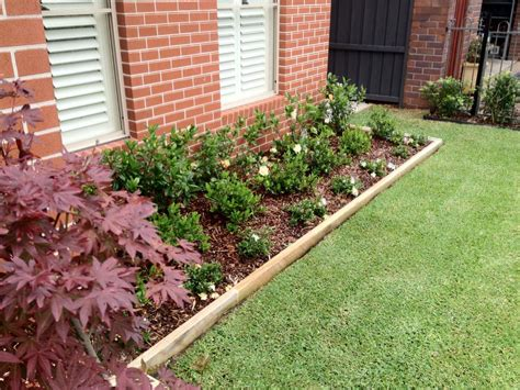 Timber Garden Edging Ideas How To Install Garden Edging