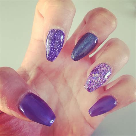 Deco Ongle Violet by Deco Ongle Bleu Fashion Designs