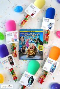 Candy microphone party favors sing movie tags