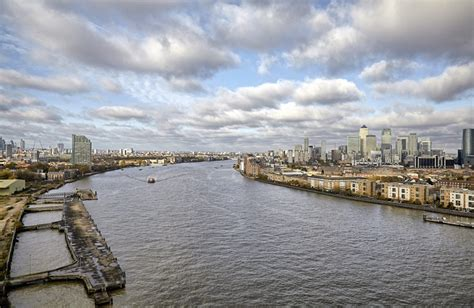 thames river view apartments thames penthouse london se8 riverside apartment