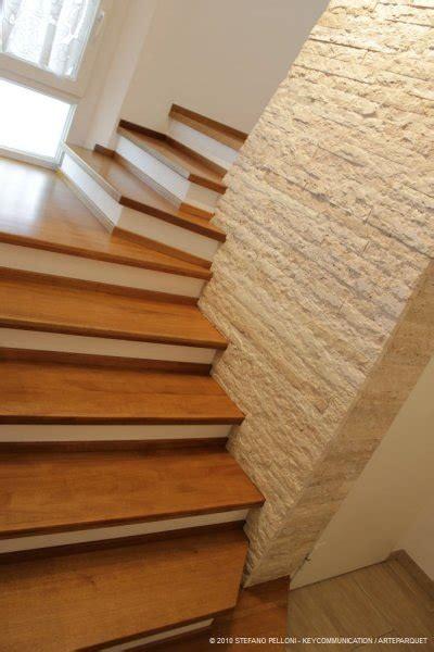 scale rivestite in legno per interni scale su muratura in legno