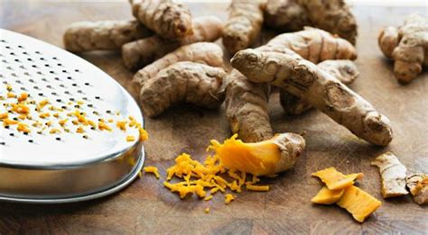 Frischer Kurkuma by How To Use Fresh Turmeric Tips For Cooking With Fresh