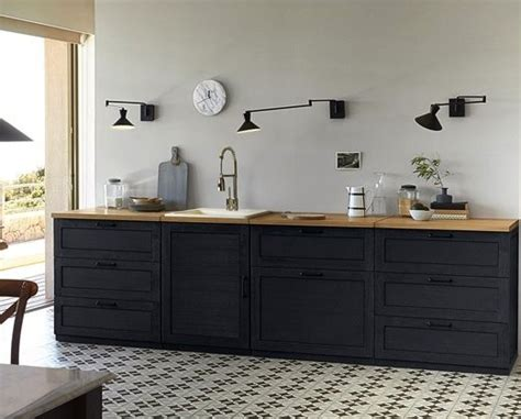 meuble de cuisine ind駱endant cuisine noir avec plan de travail bois cuisine
