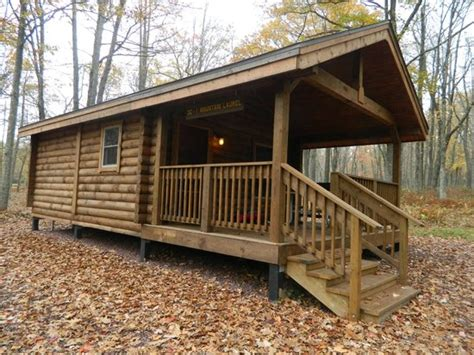 Mount Laurel Cabins by Outside Of Mountain Laurel Deluxe Cabin Picture Of
