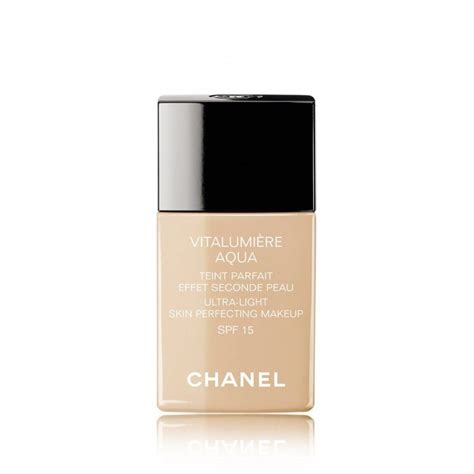 Foundation Chanel chanel vitalumiere aqua ultra light skin perfecting makeup