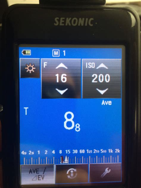 how to read a light meter metering how do i read the shutter speed from my light