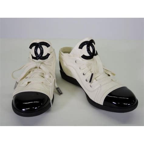 chanel sneakers 800 chanel white black patent leather captoe cc logo