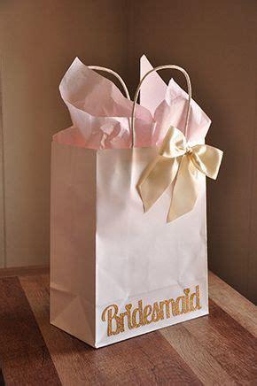 Best 25  Bridesmaid gift bags ideas on Pinterest   Wedding