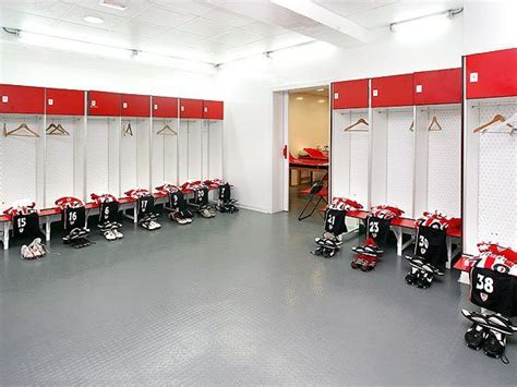 changing room football 10 changing rooms of football teams soccer