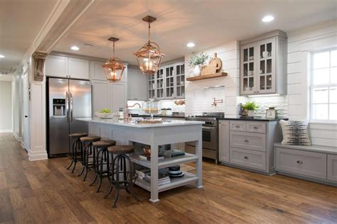 what is shiplap fixer upper s popular design feature modern farmhouse colors from voice of color fynes