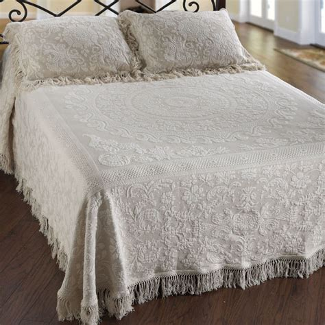 queen bed spreads queen elizabeth matelasse bedspread townhouse linens