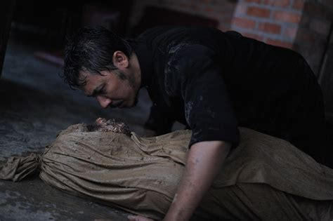 cerita filem munafik fieyqa adelova review filem munafik
