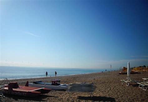 meteo porto s elpidio foto la lunghissima spiaggia a porto sant elpidio