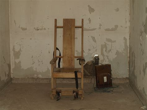 Electric Chair Execution by Execution Chamber