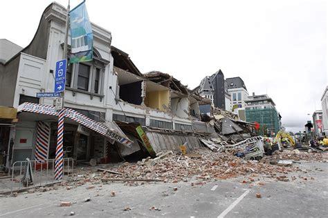 earthquake wellington powerful quake strikes new zealand triggering small