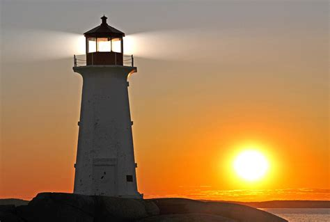 lights house file peggys cove lighthouse 3 jpg