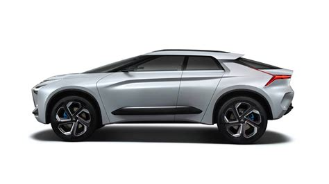 mitsubishi evolution concept mitsubishi e evolution suv concept showcases future tech