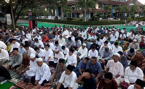 tutorial shalat ied ramadhan adalah universitas kehidupan dan bekal hadapi