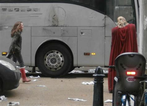 thor movie greenwich natalie portman images thor 2 gt shooting at greenwich